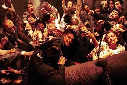 "Zombie-Blockbuster ""Resident Evil: Apocalypse"": Tote, die das Geschäft beleben"
