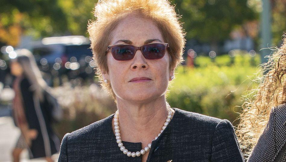 Marie Yovanovitch kommt am 11. Oktober ins Kapitol: Die Anhörung vor Abgeordneten im Repräsentantenhaus war Teil der Vorermittlungen für ein mögliches Amtsenthebungsverfahren gegen Trump