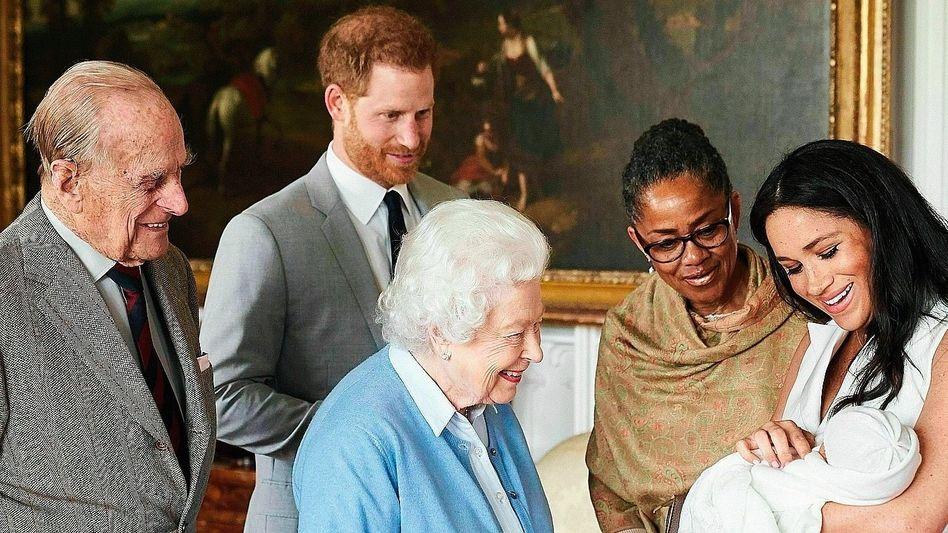 Königin Elizabeth II., Familie
