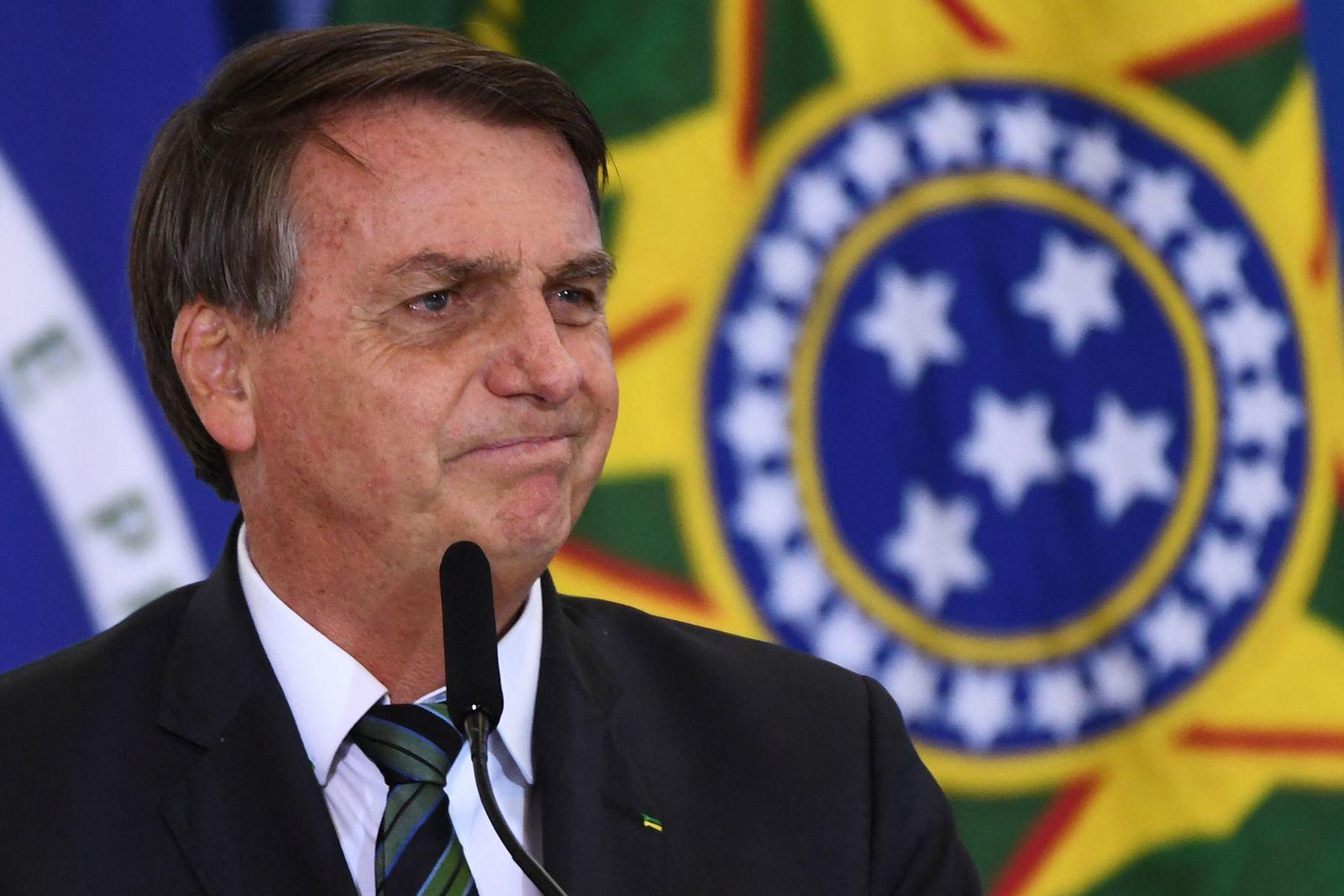 FILES-BRAZIL-BOLSONARO-HEALTH-VIRUS