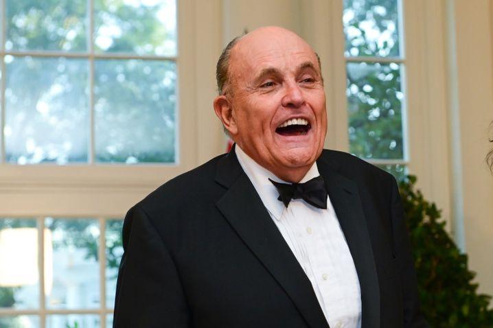 Trump-Anwalt Giuliani: Mehrere Versuche, mit Selenskyj-Vertrauten ins Gespräch zu kommen