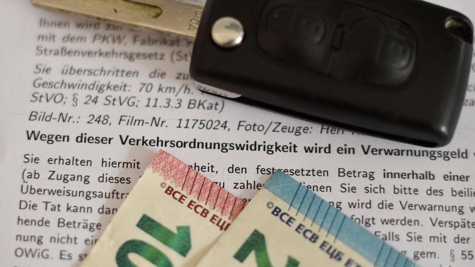 Bußgelder, die nach den neuen Vorschriften verhängt wurden, sollten zurückgenommen oder zumindest reduziert werden