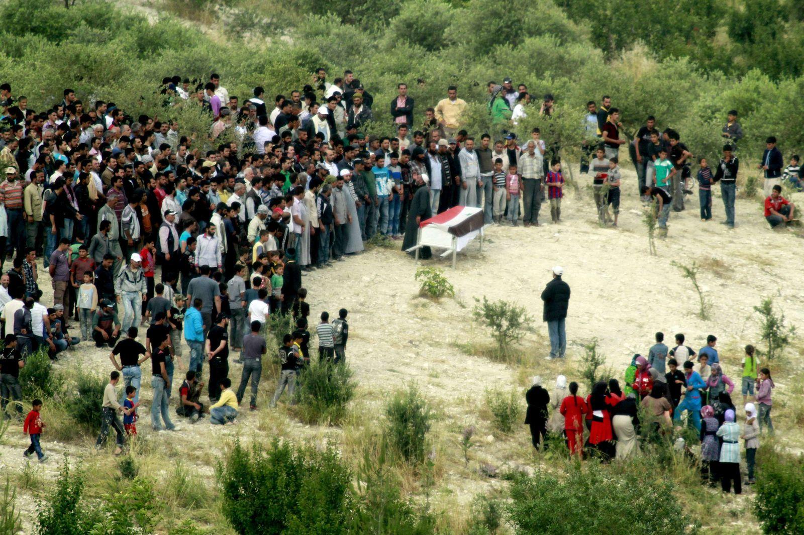 Türkei/ Syrien/ Flüchtlinge/ Beerdigung