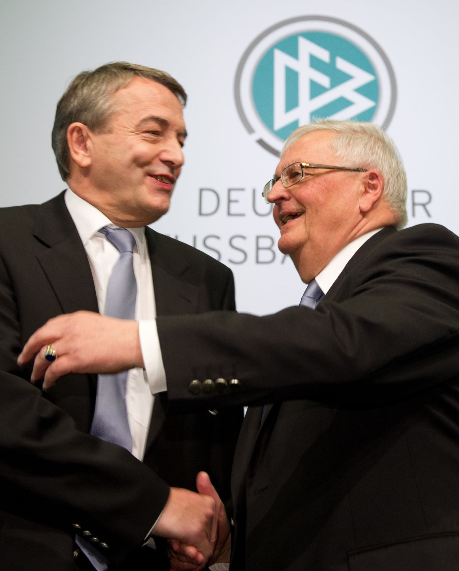 DFB-Bundestag wählt neuen Präsidenten