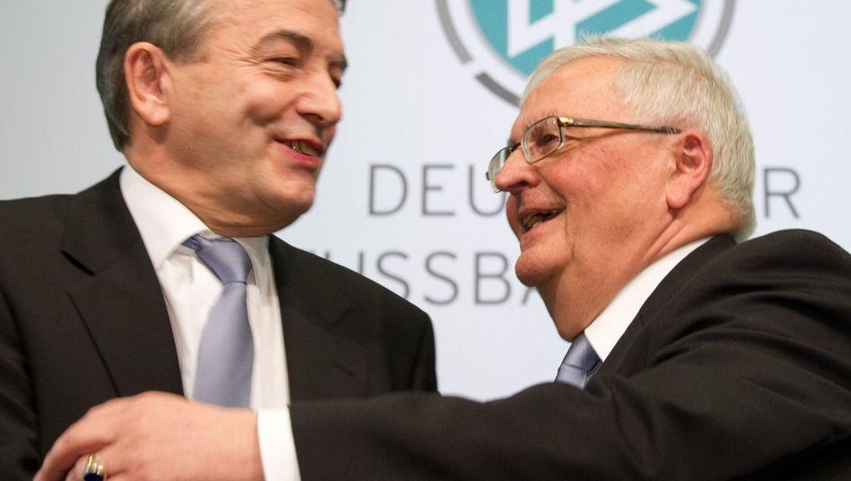 DFB-Präsident Niersbach, Vorgänger Zwanziger: Uhren aus Brasilien