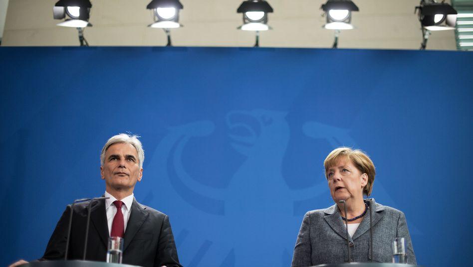 """Merkel und Faymann zur Flüchtlingskrise: """"Wir dürfen Menschen, die Asyl suchen, nicht im Stich lassen"""""""