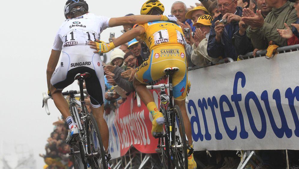 Schleck gegen Contador: Showdown im Nebel