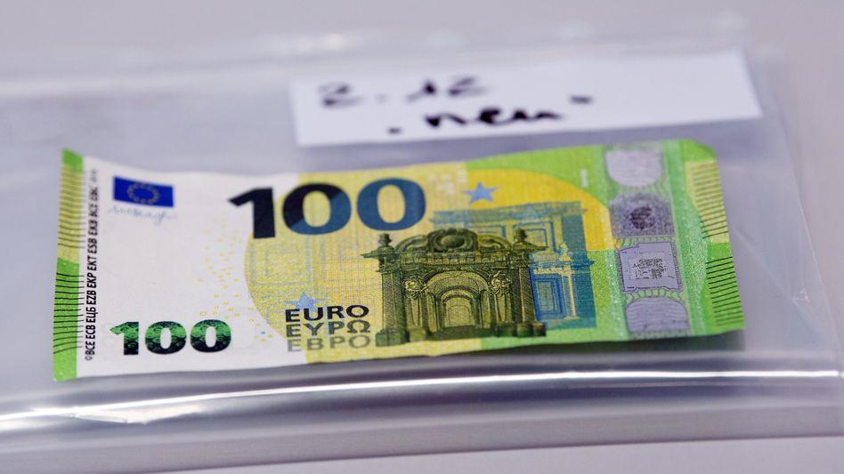 Ein falscher 100-Euro-Schein: Die Polizei hat offenbar einen Geldfälscherring zerschlagen