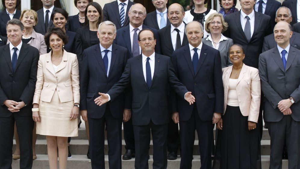 Photo Gallery: François Hollande's New Cabinet