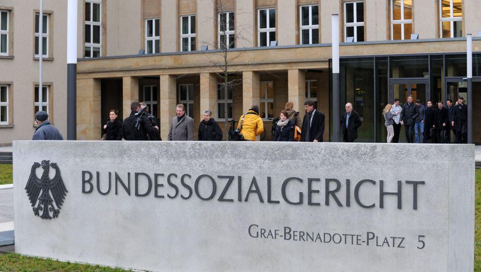 Bundessozialgericht in Kassel: Haben EU-Ausländer Anspruch auf Hartz IV?