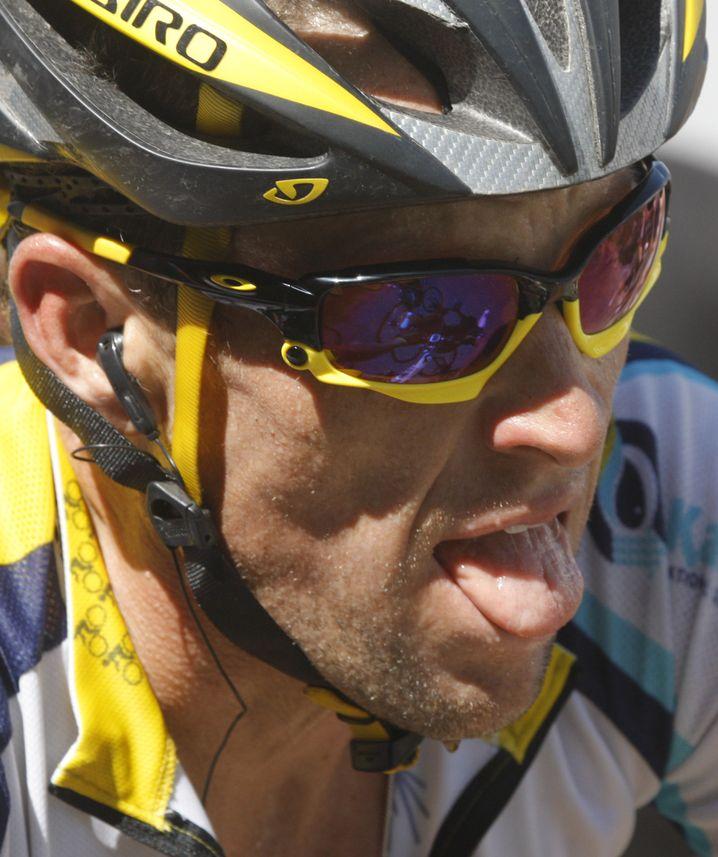 Radprofi Armstrong: Kommandos aus Teamwagen verboten