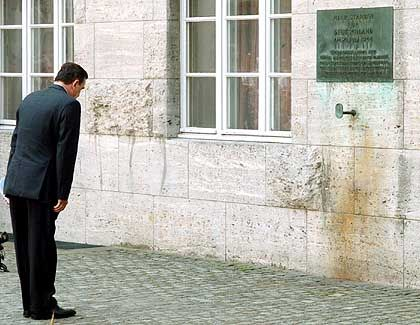 Schröder im Bendlerblock: Selbstbewusste Ansprache