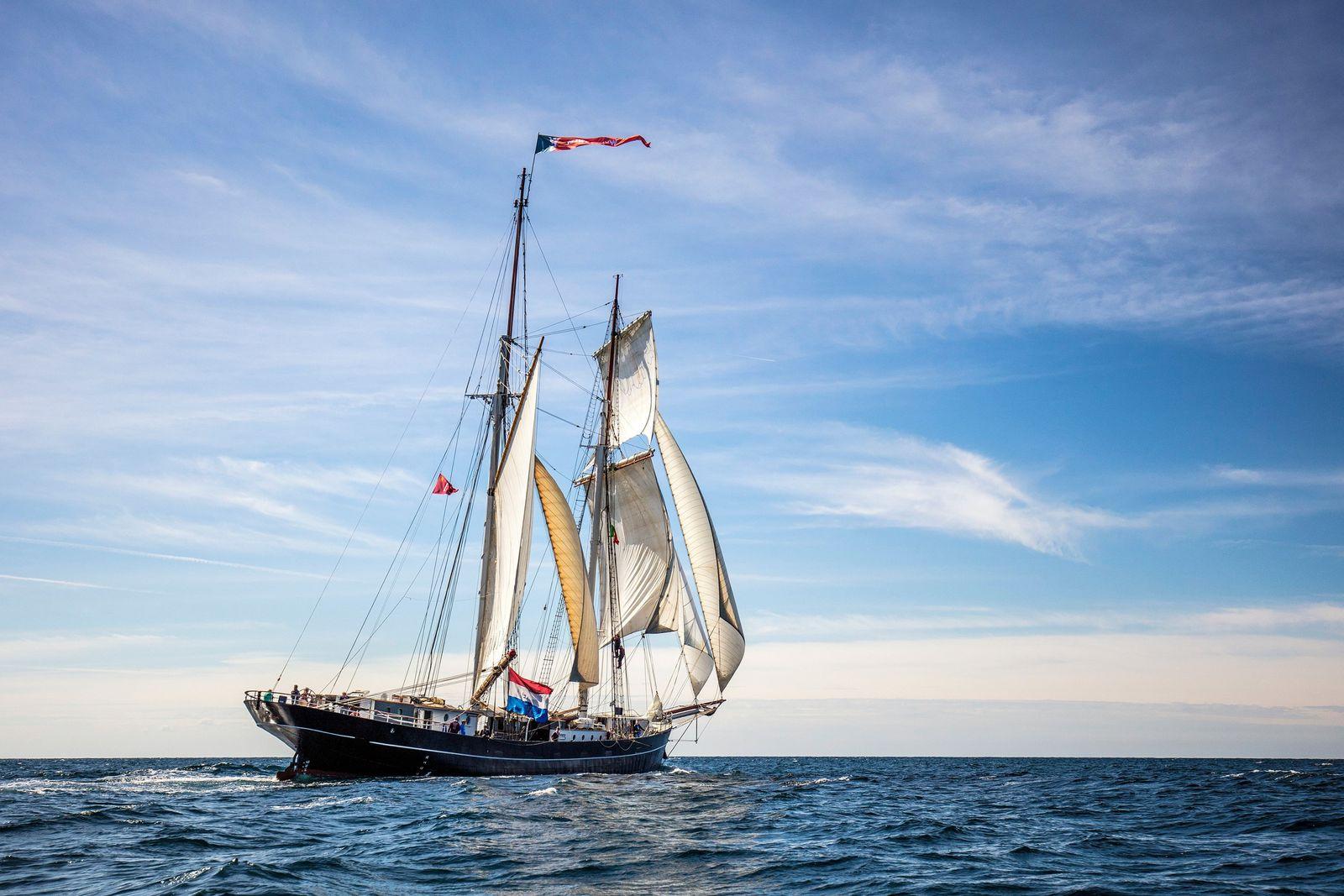 Corona zwingt Schüler aufs Meer: Heimfahrt mit Segelschiff