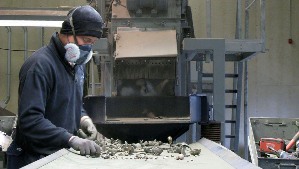Recycling: Hüftgelenke als Altmetall