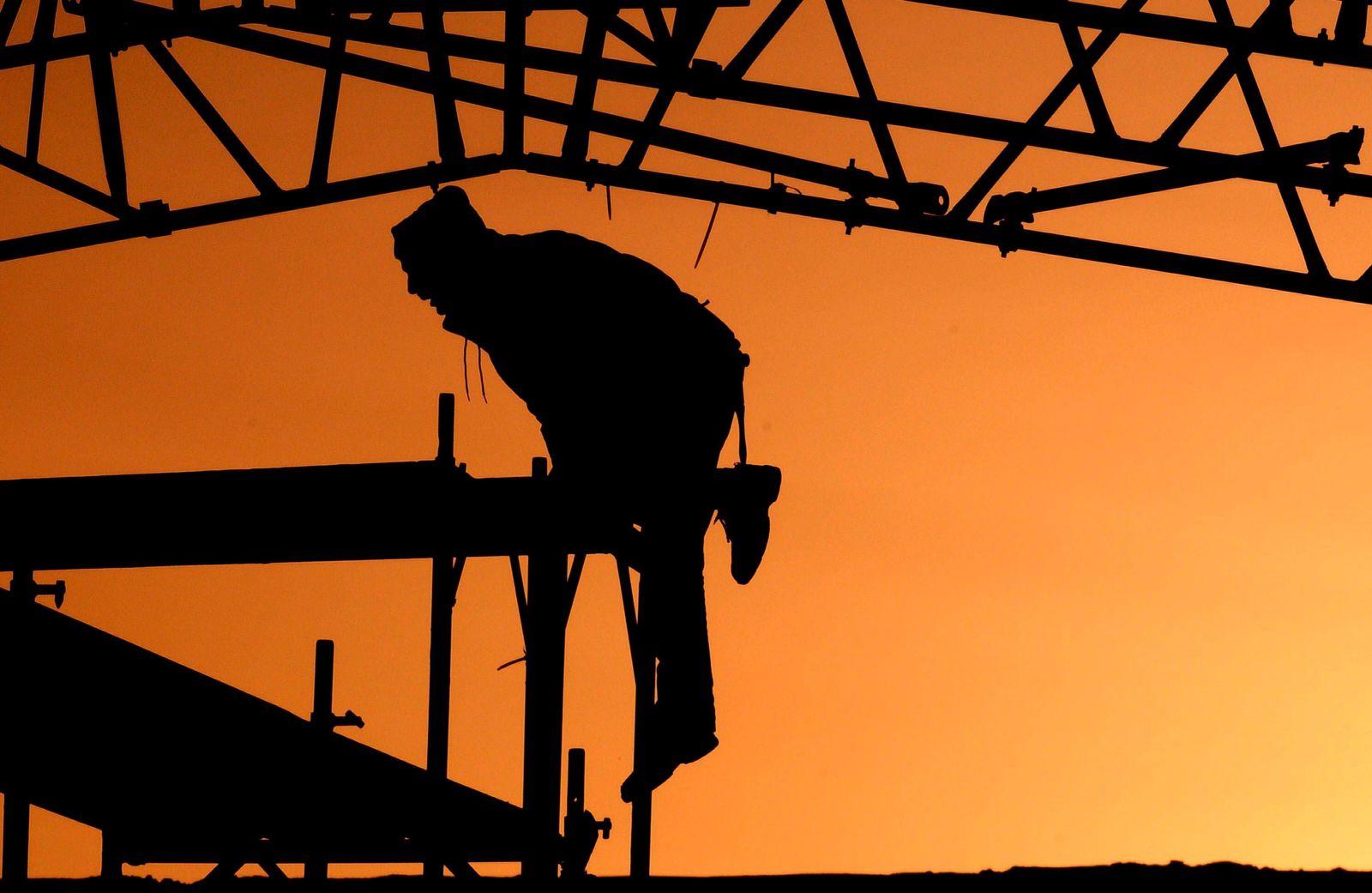 NICHT VERWENDEN IAB offene Stellen über eine Million - Arbeiter Gerüst