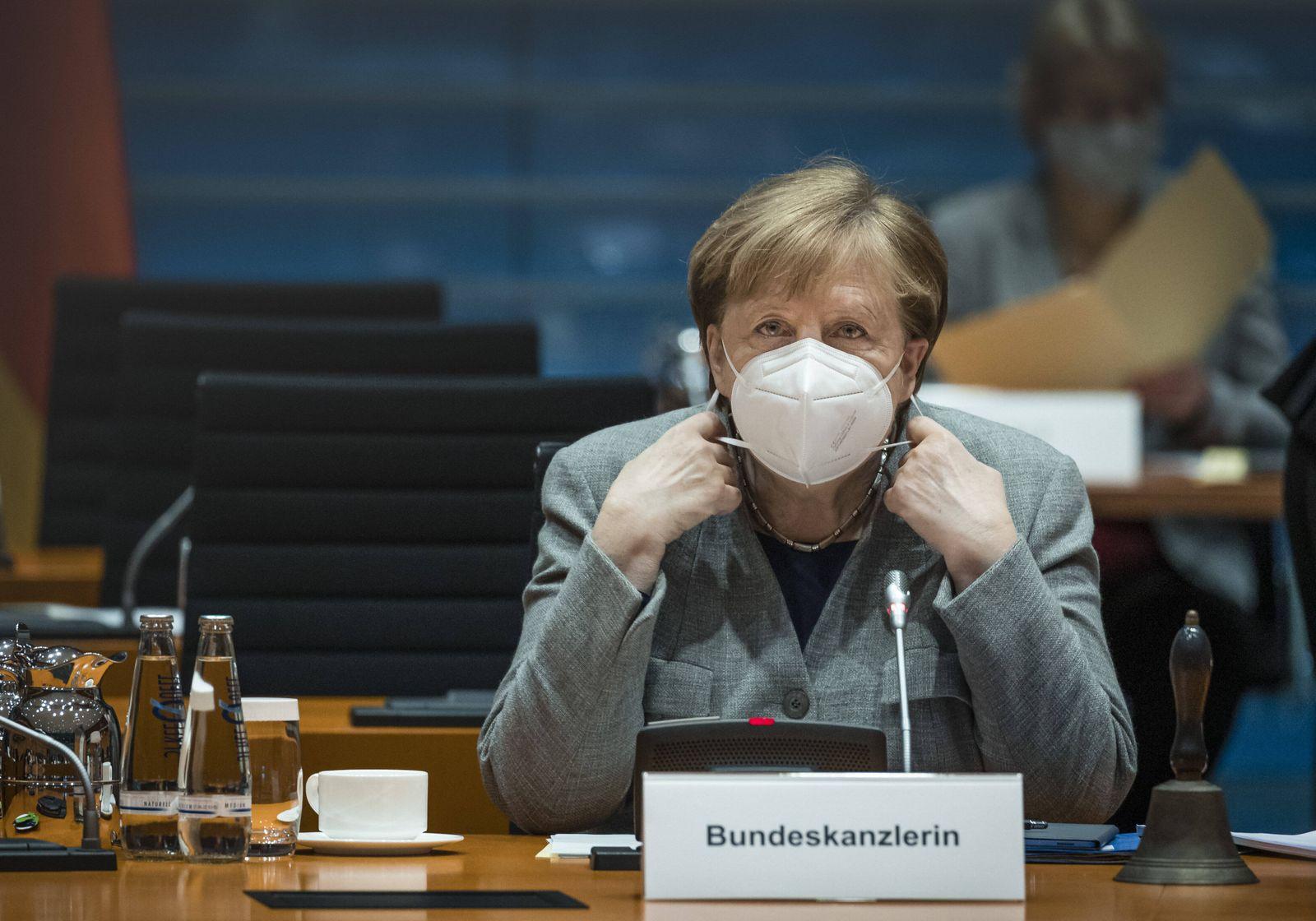 Bundeskanzlerin Angela Merkel, CDU, aufgenommen im Rahmen der woechentlichen Kabinettssitzung der Bundesregierung in Be