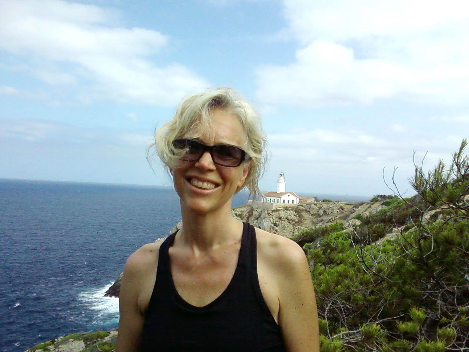 EINMALIGE VERWENDUNG Plagiate / Protokolle / Greta Olson