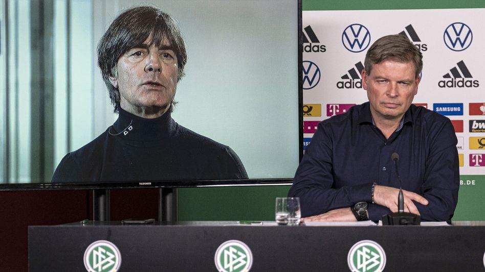 Pressekonferenz beim DFB mit Abstand