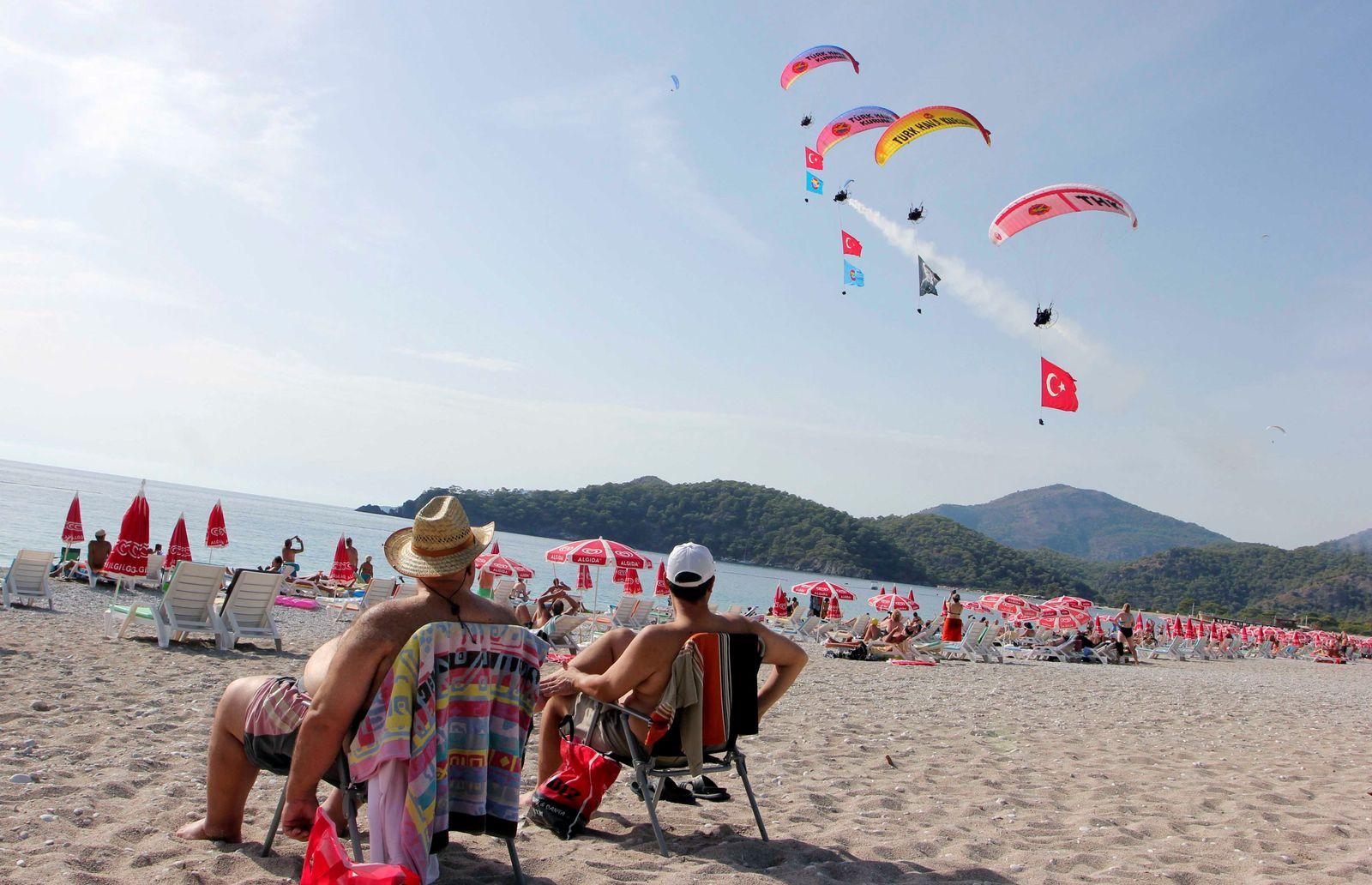 Türkei/ Urlaub/ Strand/ Antalya