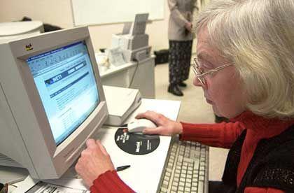 "Estin im Internet-Café: ""E-stonia"" wählt online"