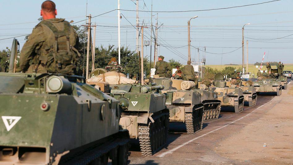 Grenze Ukraine-Russland: Nervenkrieg um Putins Konvoi