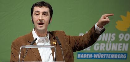 """Cem Özdemir auf dem Landesparteitag in Schwäbisch Gmünd: """"Von Rückschlägen nicht beirren lassen"""""""
