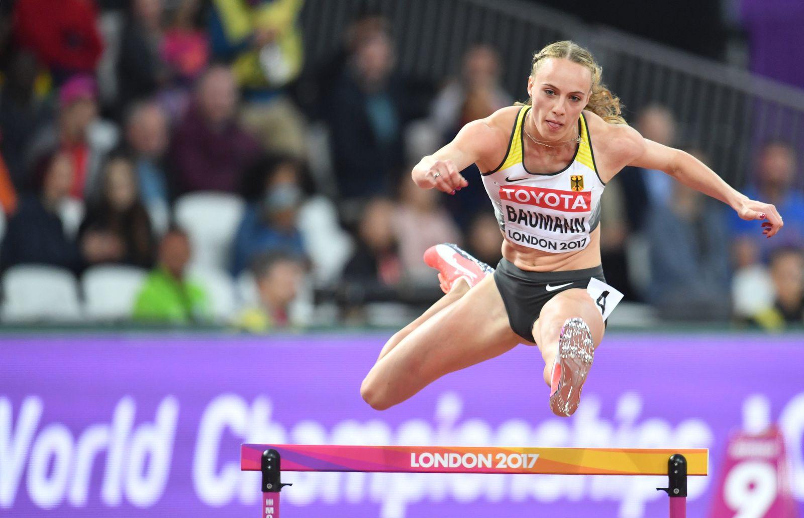 Hürdenläuferin Jackie Baumann