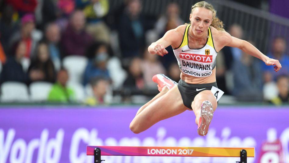 Leichtathletik-WM 2017: Jackie Baumann über 400 Meter Hürden