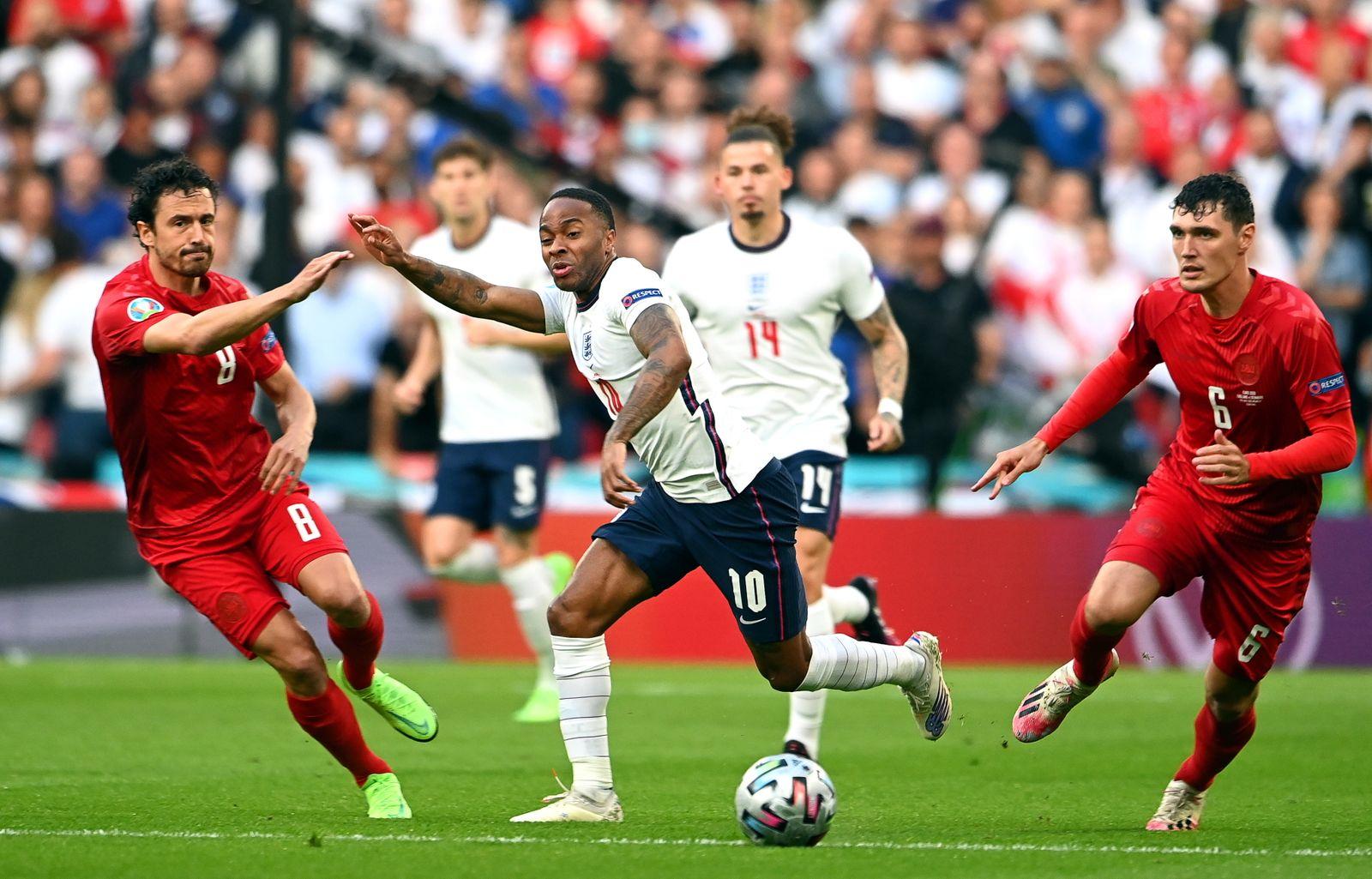 Semi Final England vs Denmark