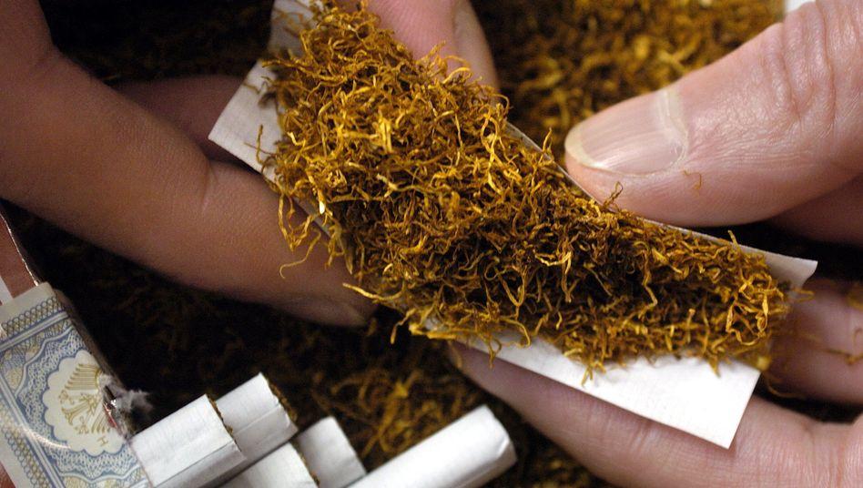 Selbstgedrehte Zigarette: Ohne Zusatzstoffe wirkt der Tabakgenuss natürlicher