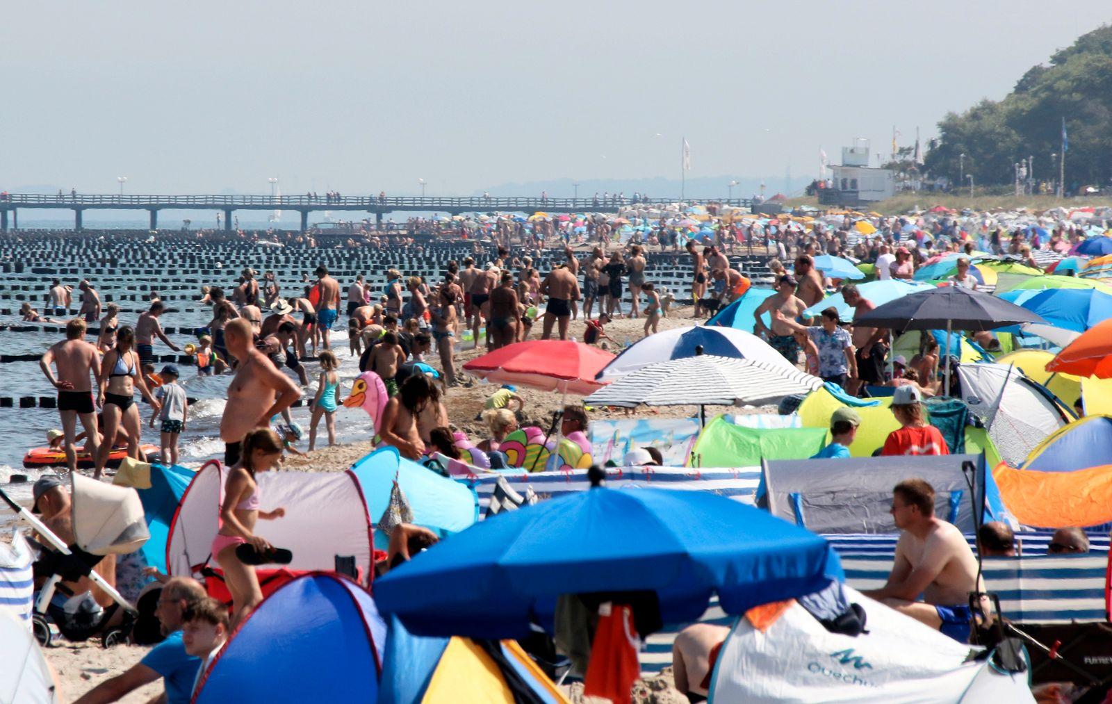 Ostsee Strand Kuehlungsborn Sommer 2020