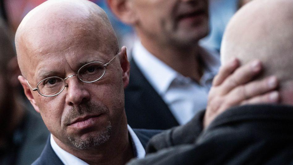 AfD-Politiker Kalbitz: MAD-Vermerk in der Bundeswehr-Stammakte