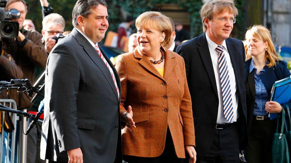 SPD-Chef Gabriel und Kanzlerin Merkel: Zuschnitt des Kabinetts besprochen