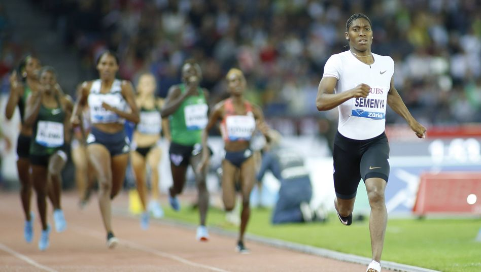 Caster Semenya aus Südafrika bei einem Wettkampf in Zürich