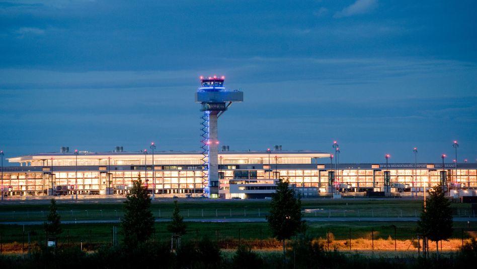 Großflughafen Berlin: Engpässe bei Vollauslastung möglich