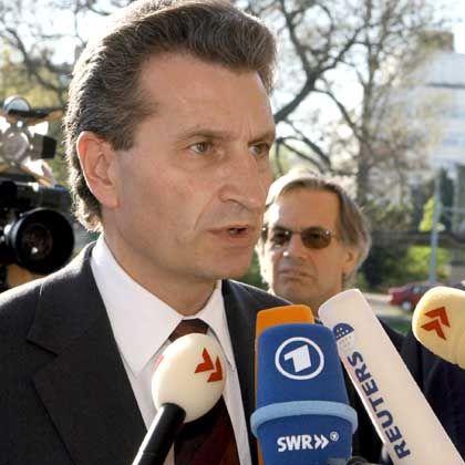 Günther Oettinger hat sich von seiner umstrittenen Rede distanziert