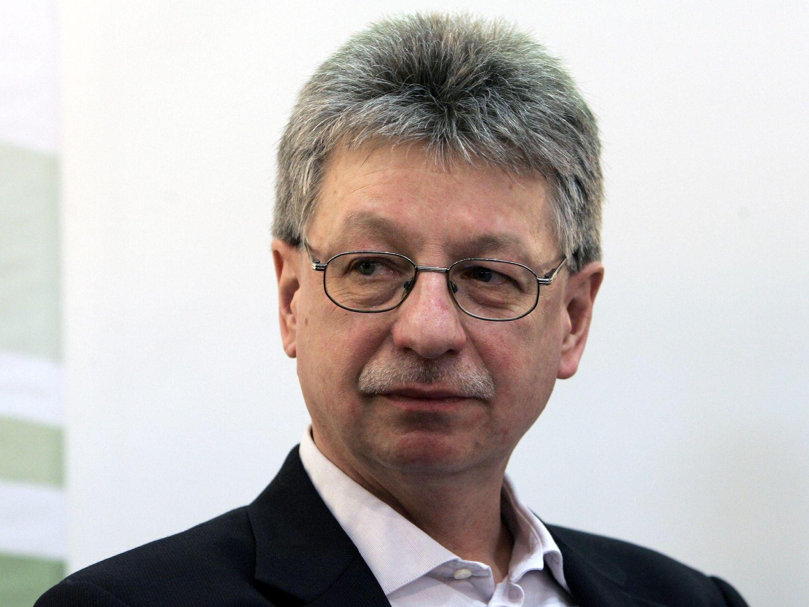 NICHT VERWENDEN Reinhard Jirgl