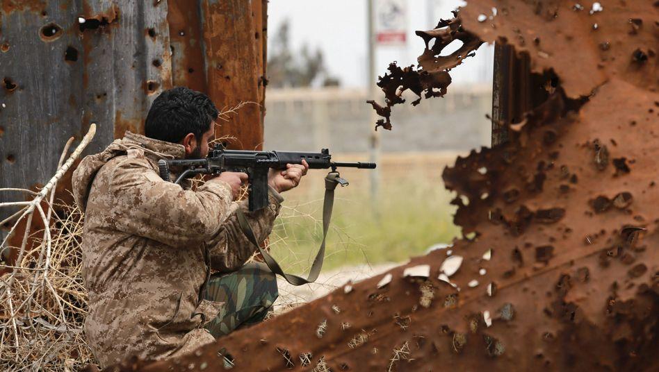 Straßenkämpfe in Bengasi: Fragile Lage