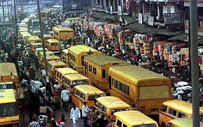 Mafiazentrum? Eine belebte Straße in Lagos, Nigeria