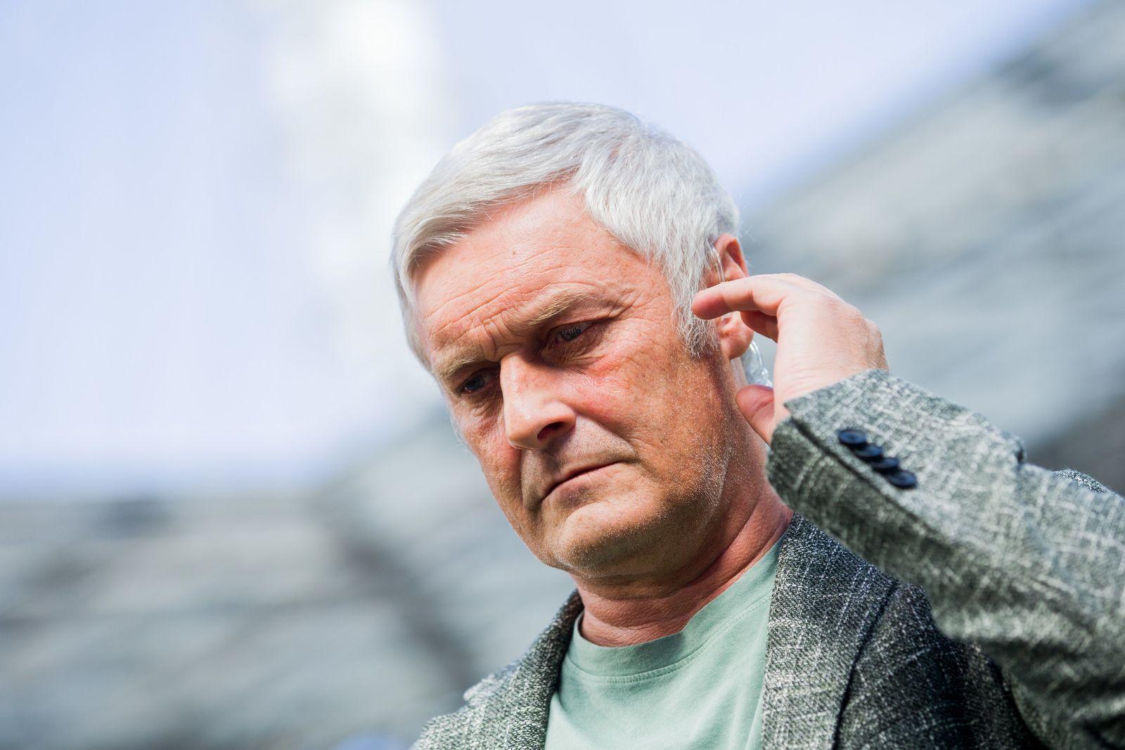 Köln löst Vertrag von Sportchef Veh auf