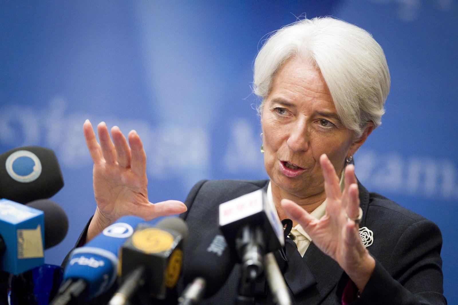 Christine Lagarde XXL