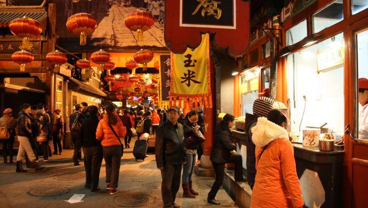 Food-Market in Peking: Essen wie im Dschungelcamp