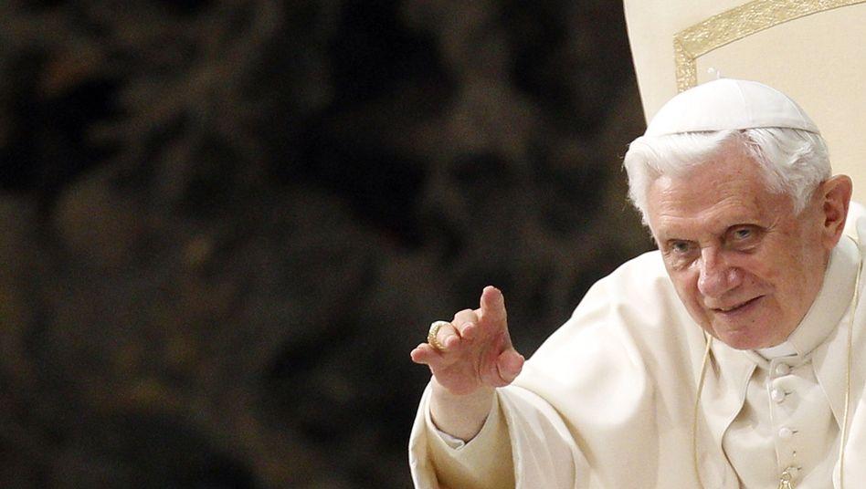Benedikt XVI.: Ambivalentes Verhältnis zum Netz