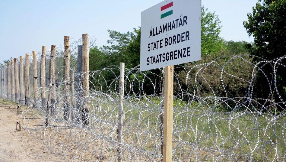 Ungarischer Grenzzaun zu Serbien: Symbolträchtige Stacheldrahtmonstrosität
