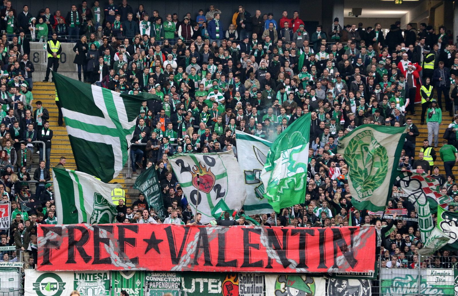EINMALIGE VERWENDUNG Werder/ Ultras