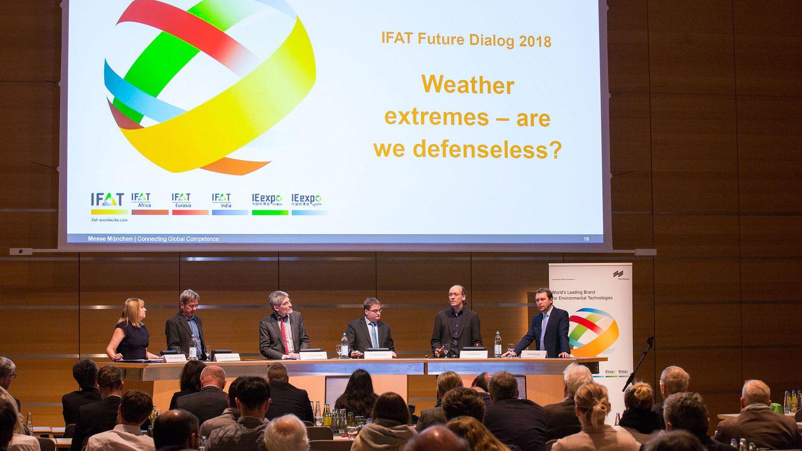 EINMALIGE VERWENDUNG IFAT 2018 / Zukunftsdialog / Podiumsdiskussion