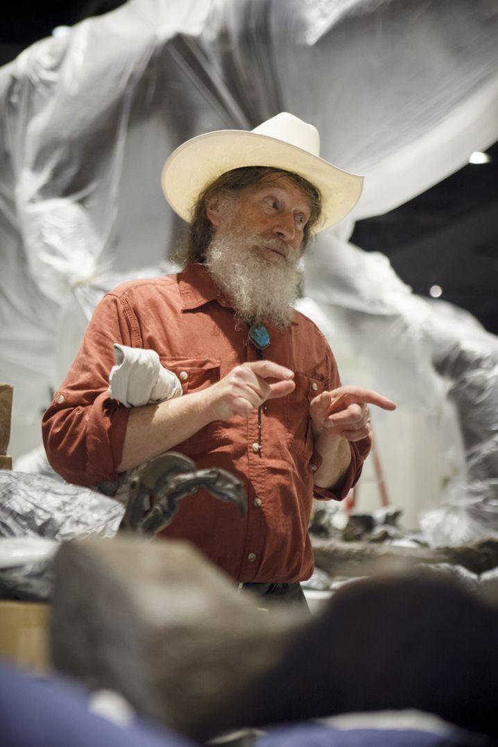 Robert T. Bakker: Noch immer Kurator der Paläontologie am Houston Museum of Natural Science