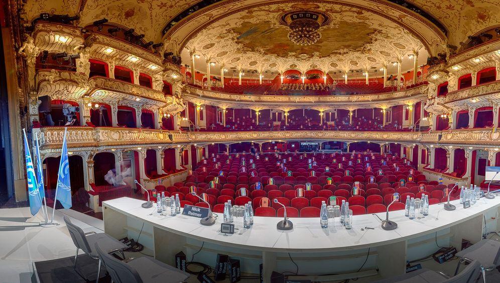 Performance-Kunst von Rimini Protokoll: Die ganze Welt ein Theater
