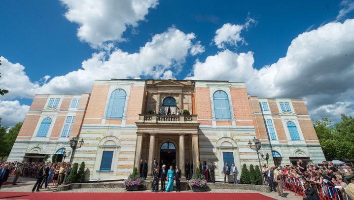 Bayreuth: Merkel bei der Eröffnung der Wagner-Festspiele