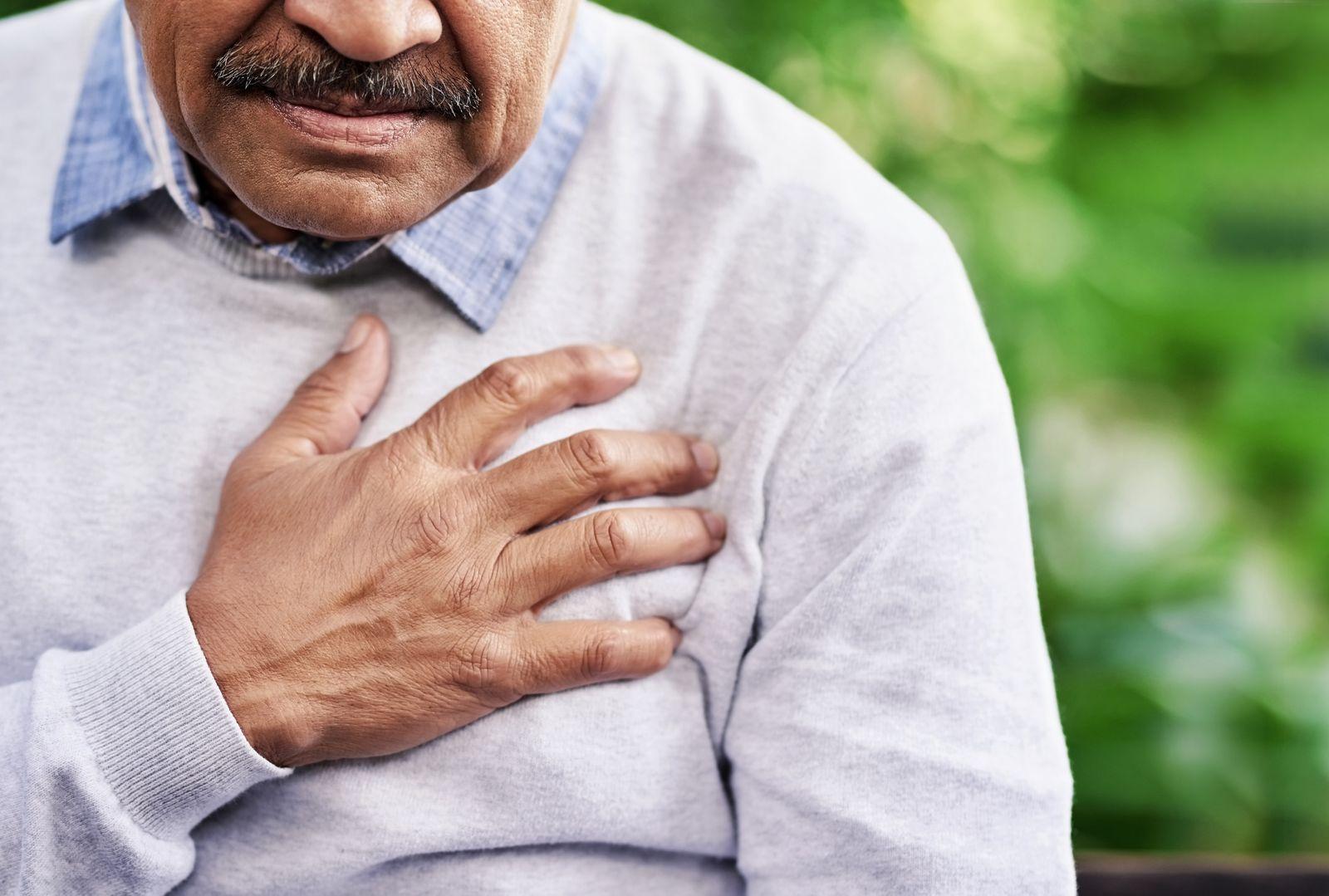 AUFMACHER EINMALIGE VERWENDUNG Chest pain can have a variety of causes EXPIREN AM 18.10.2024